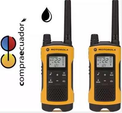 Motorola Radio T402 56km Walkie Talkie Recargable Resis Agua