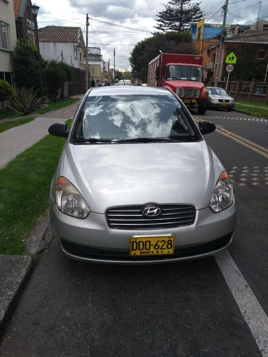 <strong>hyundai</strong> Accent 2010 - 129000 km