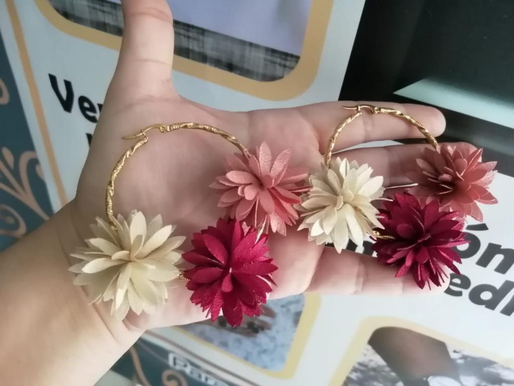 Candongas con Flores