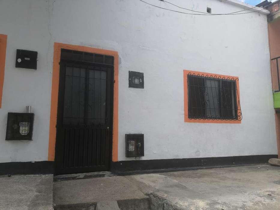 Se Arrienda Casa Barrio Santa Librada