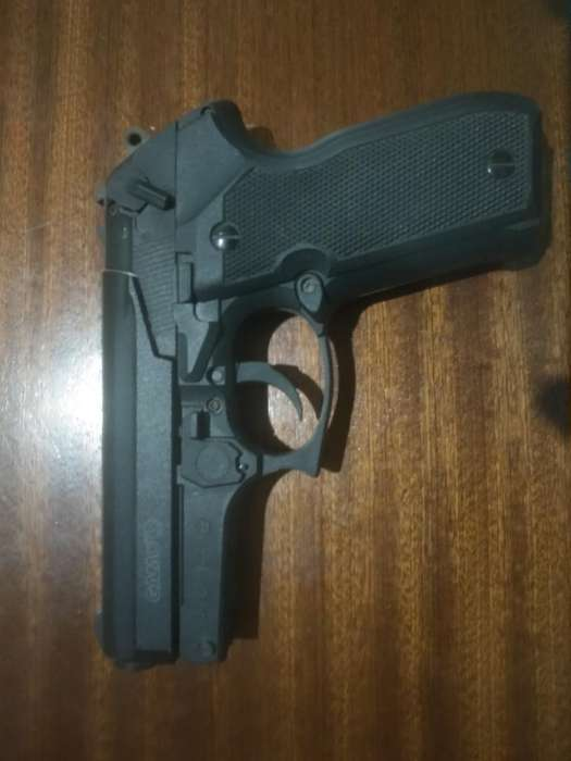 Pistola Co2 Gamo Pt80 Italiana