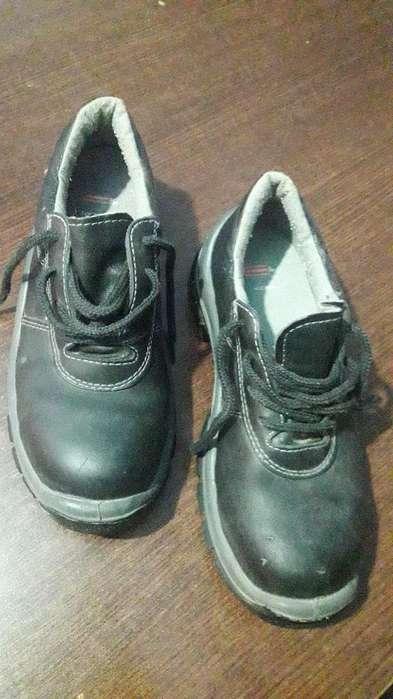 Zapatos Seguridad 38