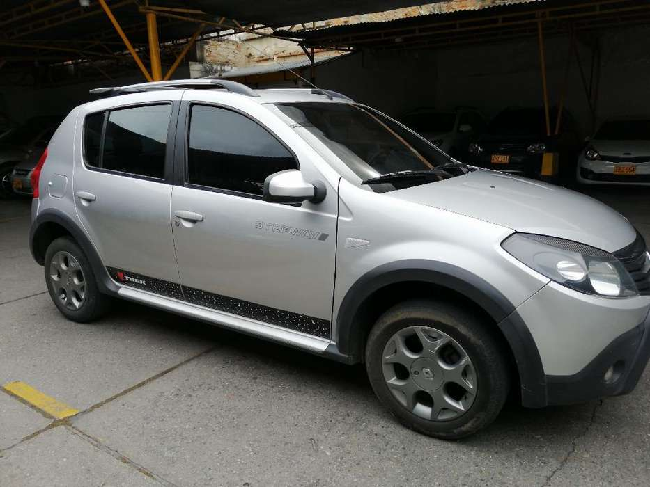 <strong>renault</strong> Sandero Stepway 2011 - 102000 km