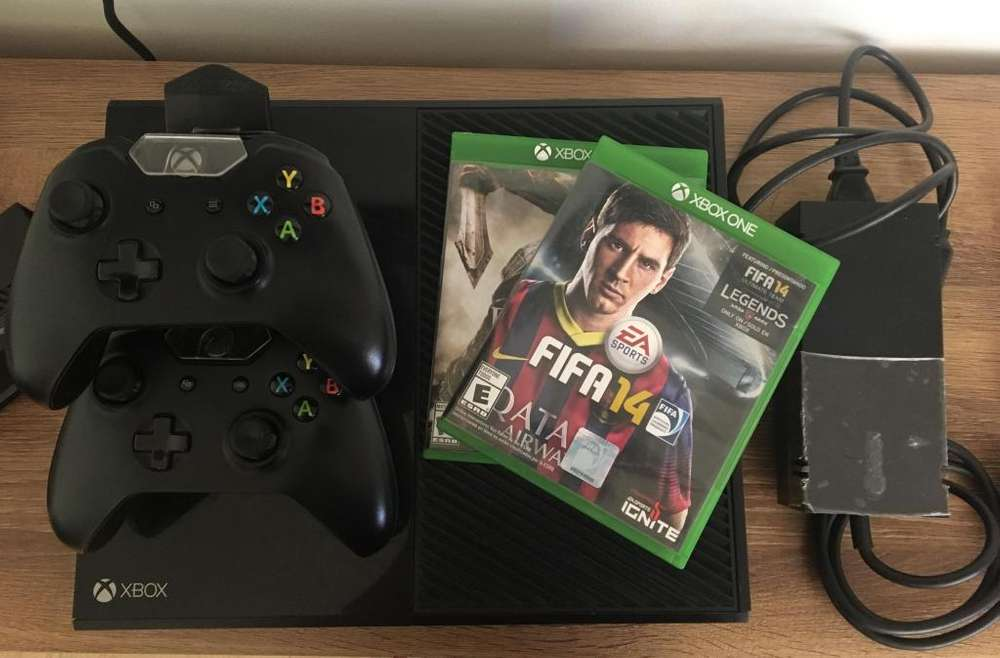 XBOX ONE 500 gb (usado)