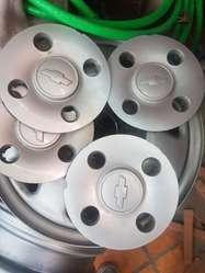 4 Aros con Tapacubos Chevrolet Spark