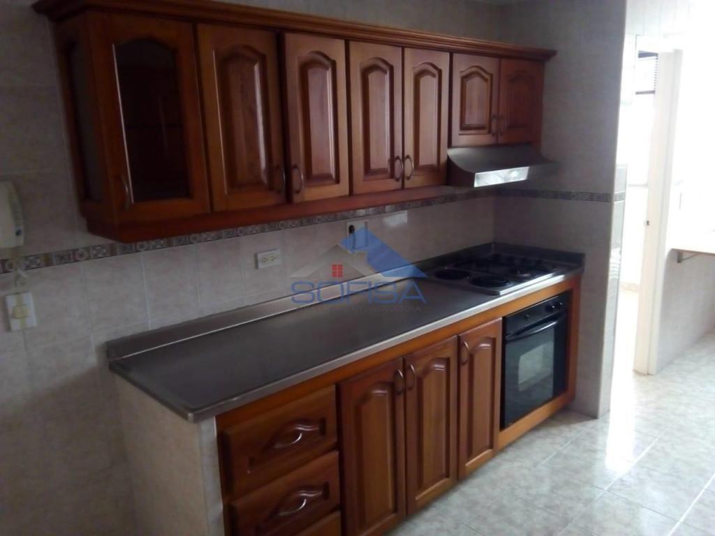 APARTAMENTO EN ARRIENDO LAURELES  MEDELLIN 3030A