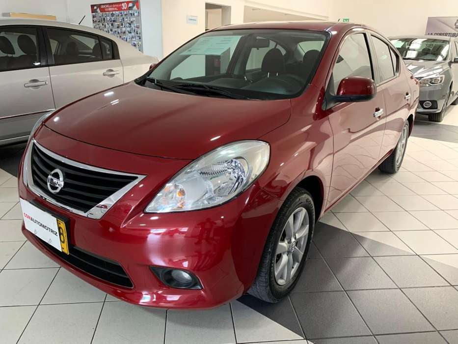 Nissan Versa 2013 - 74100 km