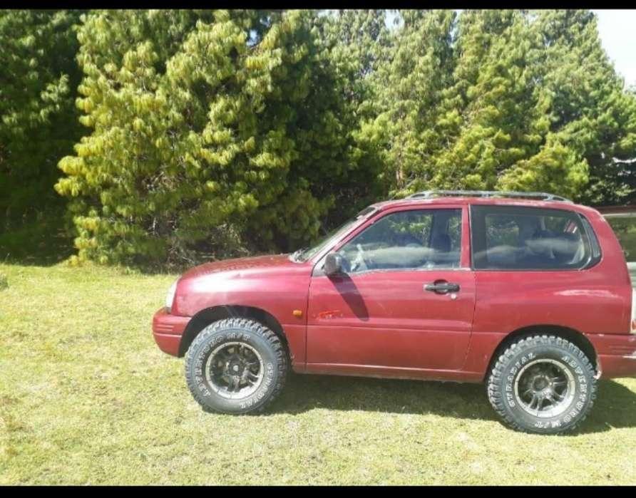 Chevrolet Grand Vitara 2001 - 290300 km