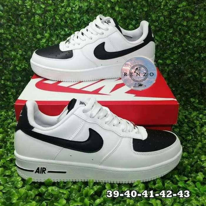 Zapatillas Nike Air Talla 40 (nuevas)