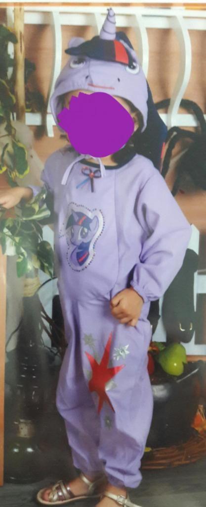 Disfraz pony talla 24  36 meses