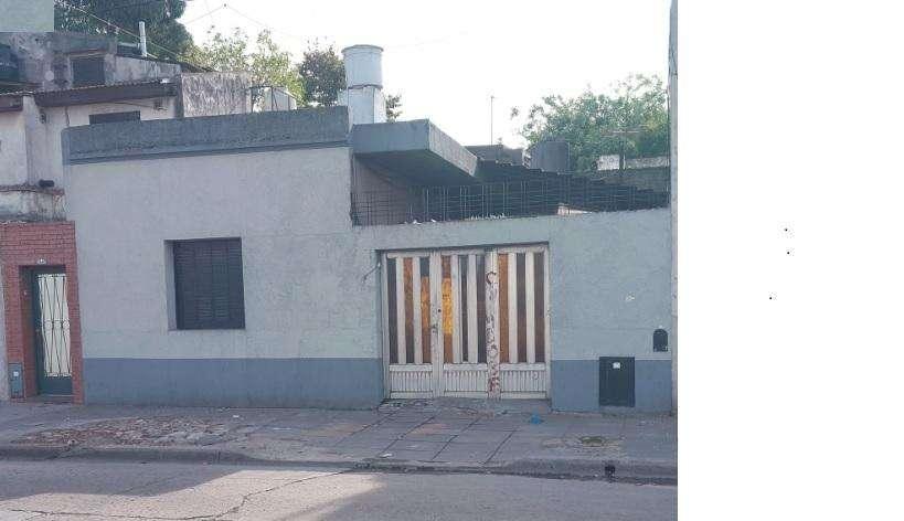 Vendo Casa CABA o permuto x Dpto CABA