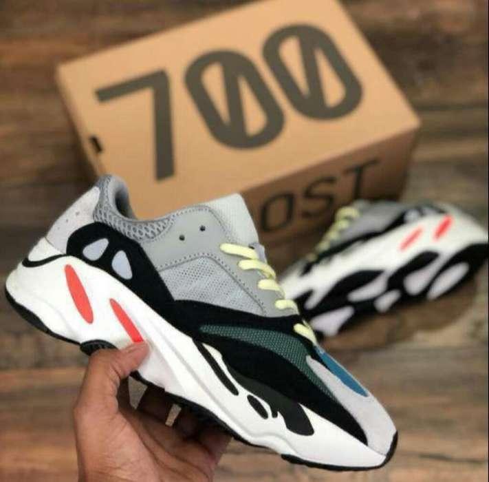 Yeeze 700 para Caballero Y Dama
