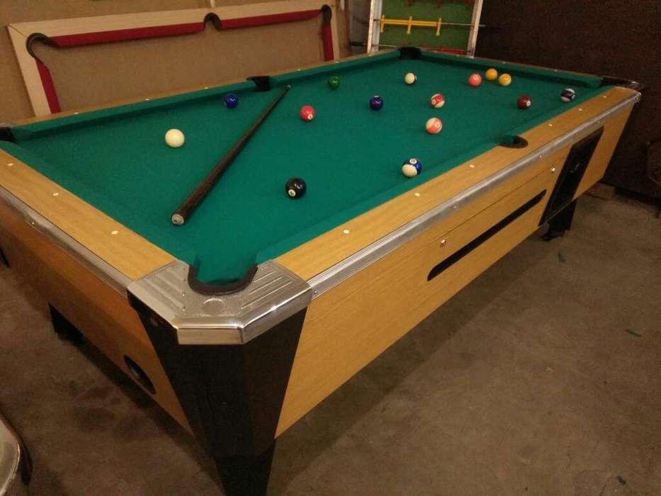 Mesa de Pool Profesional con Pizarra