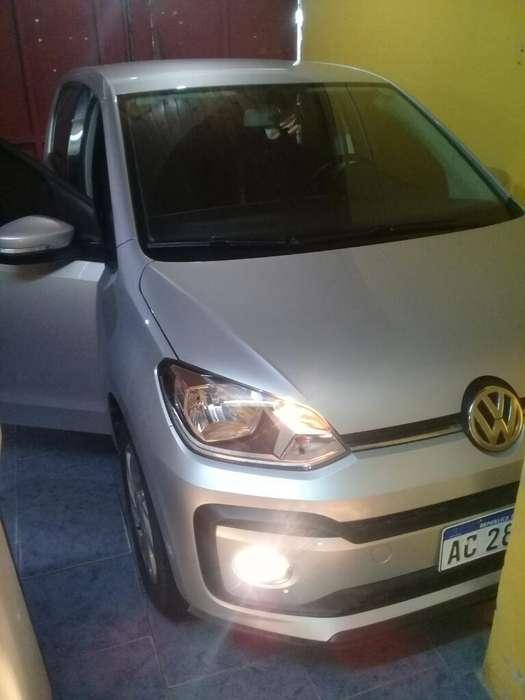 Volkswagen Up! 2018 - 24000 km