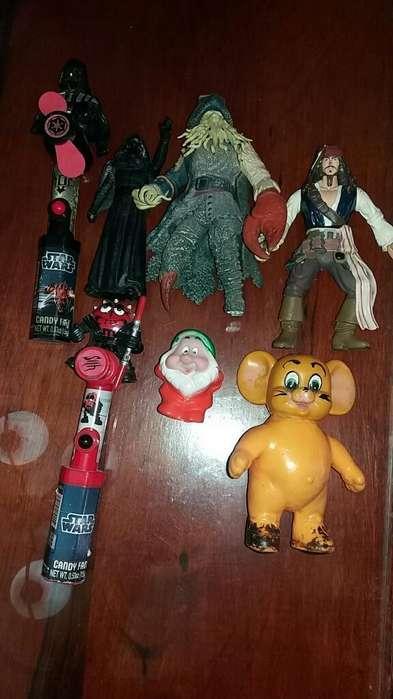 Muñecos Distintas Series