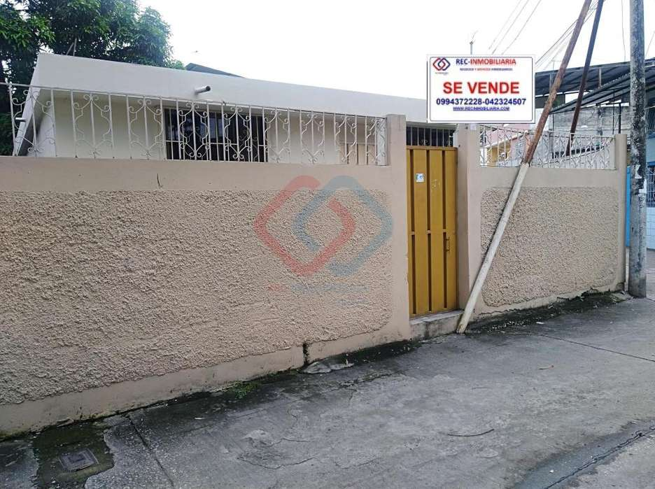 COD# 155 VENDO PRECIOSA CASA EN FLORIDA NORTE CERCA DE MUCHO LOTE
