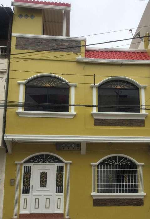 De Venta Casa Rentera Sector Suroeste Guayaquil