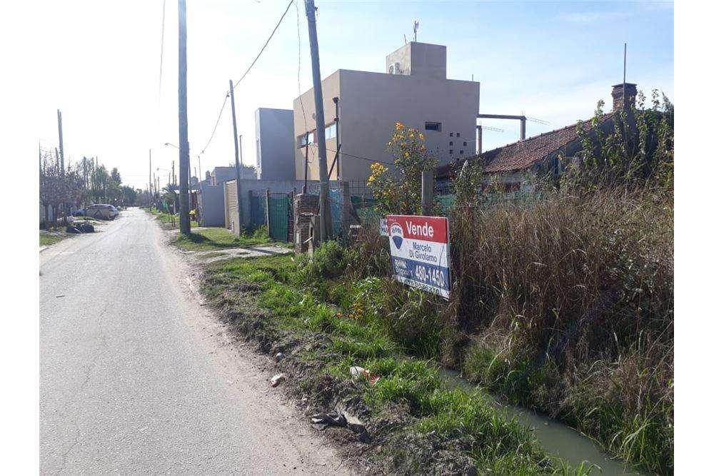 Terreno en venta Villa Castells Gonnet