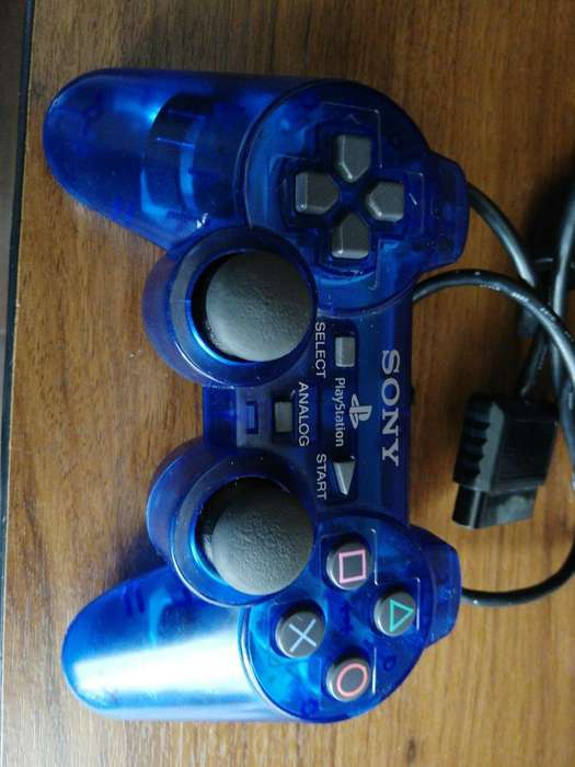 Vendo Control de Play 2 Como Nuevo