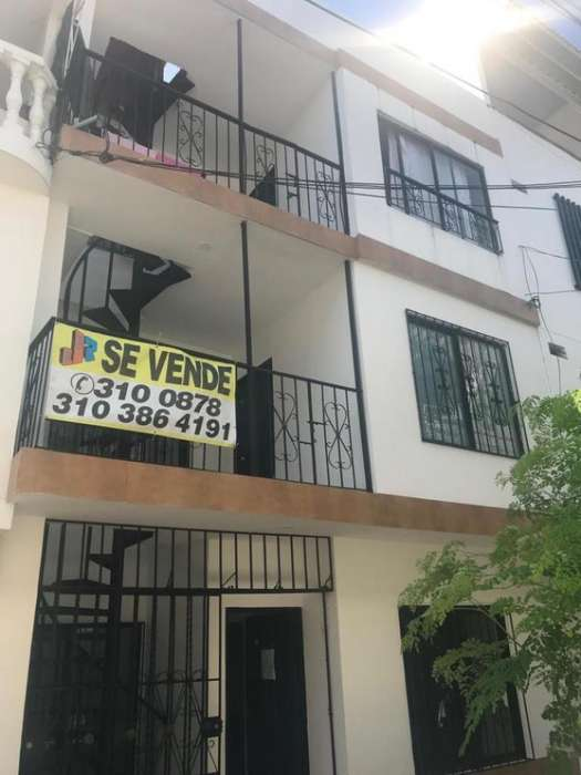 Cod. VBZJR2019139 Casa En Venta En Cali Ciudadela Comfandi