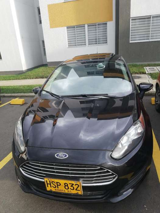 <strong>ford</strong> Fiesta  2014 - 52000 km