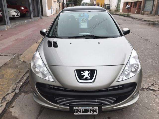 <strong>peugeot</strong> 207 2009 - 111000 km