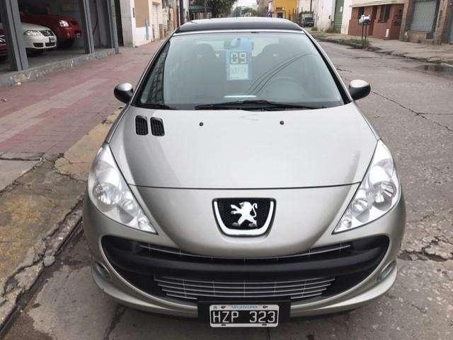 Peugeot 207 2009 - 111000 km
