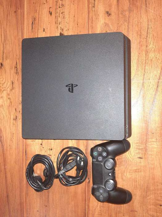 <strong>playstation</strong> 4 Slime (500gb)