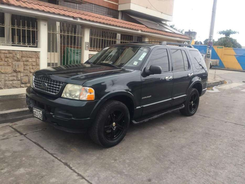 Ford Explorer 2006 - 300000 km