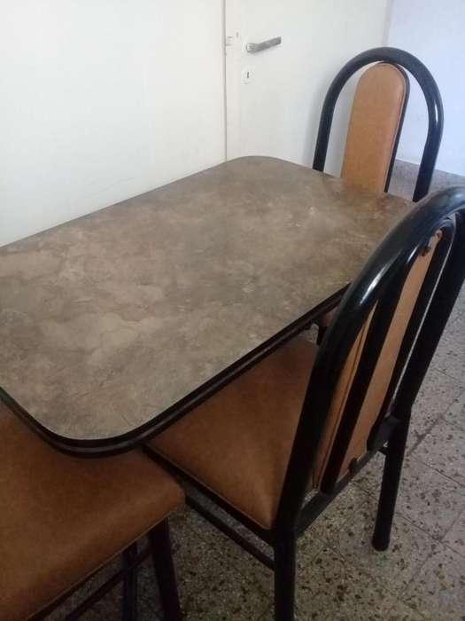 mesa y sillas para cocina