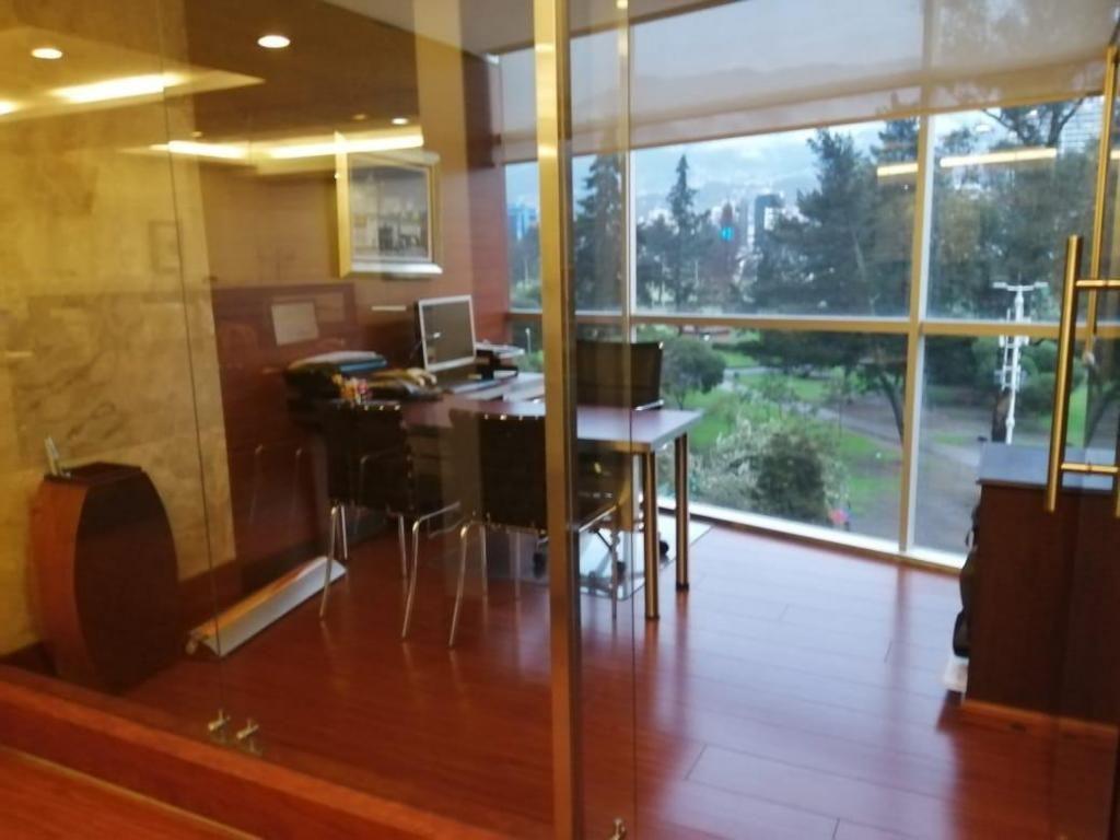 Oficina en Shiris y nnuu Edi. Shyris park 9216