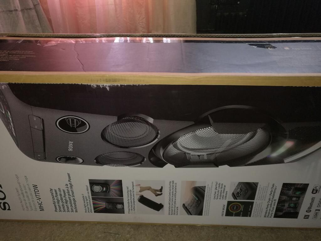 Equipo de Sonido Sony V7 Gama Alta