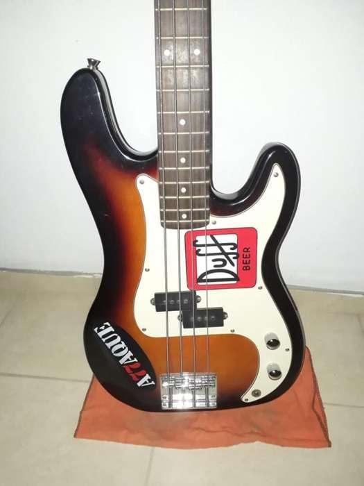 Vendo bajo Y Guitarra Criolla