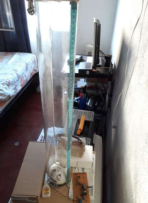 Tubo de acrílico de 70 cm de largo x 10 de ancho