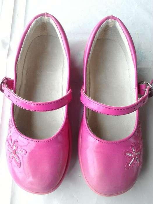 Vendo Zapatos Talla 31