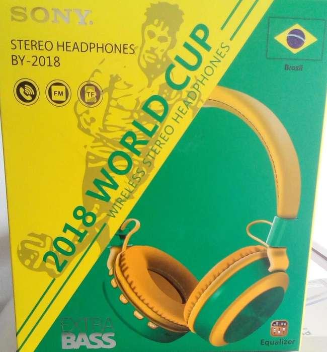 Saldo de audífonos inalámbricos colores de Brasil Copa Mundo Rusia 2018
