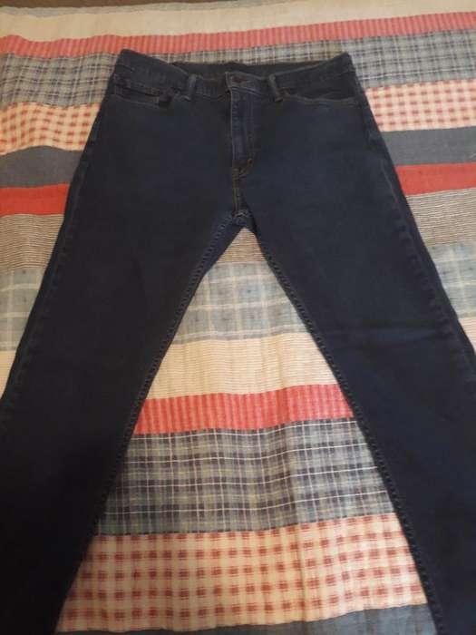 43acb06080 Jeans hermoso: Ropa en venta en Cundinamarca | OLX