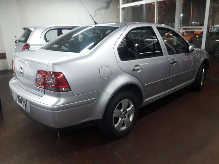 Volkswagen Bora 2012 - 60000 km