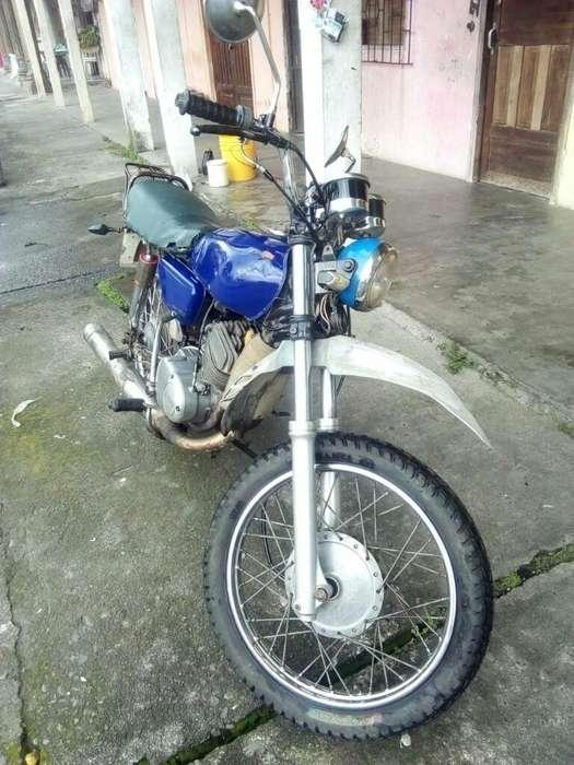 Vendo Moto <strong>yamaha</strong> 125 Papeles Al Dia