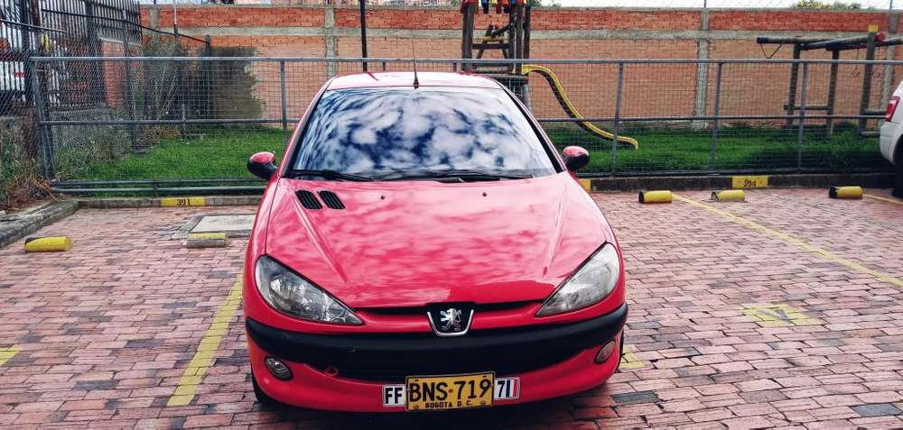 Peugeot 206 2004 - 180000 km