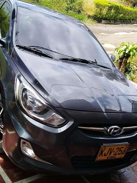 Hyundai Accent 2013 - 65000 km