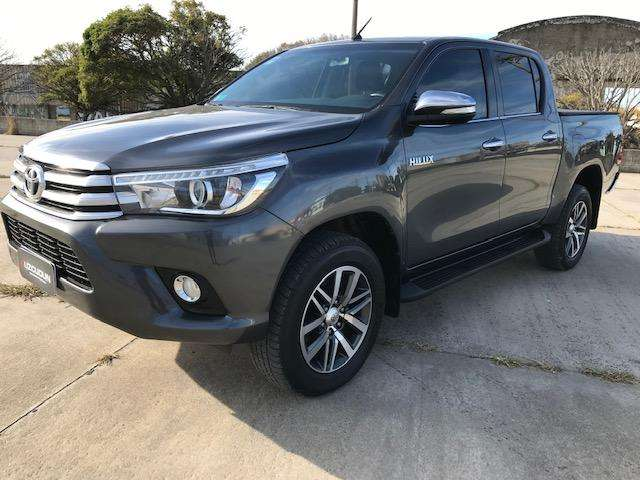 <strong>toyota</strong> Hilux 2017 - 38000 km