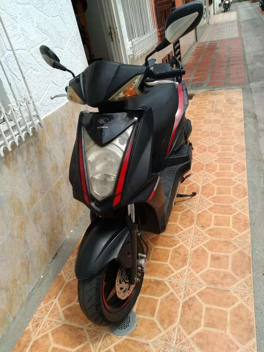 Vendo Moto Agility Modelo 2013
