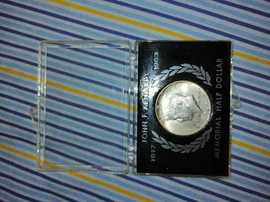 Moneda Antigua en Plata