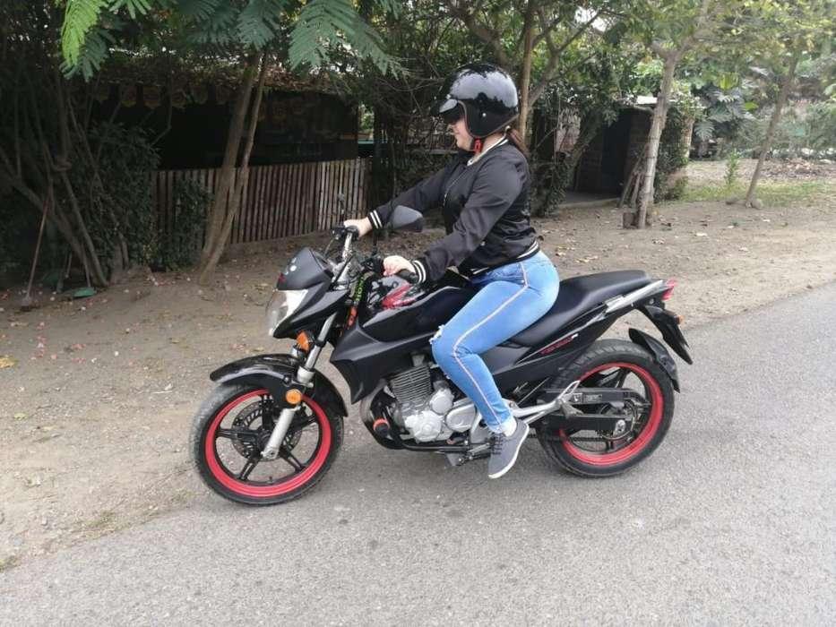 Moto <strong>honda</strong> Cbr 300