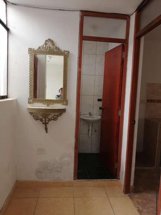 Alquilo Casa Segundo Piso Independiente
