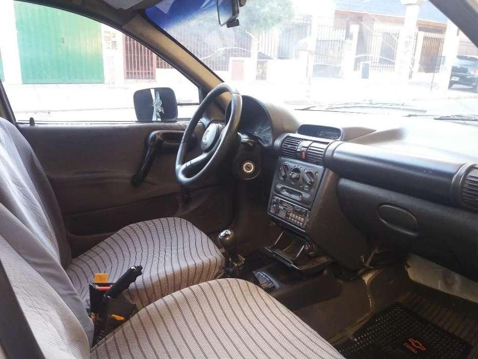 Chevrolet Combo 1998 - 190000 km