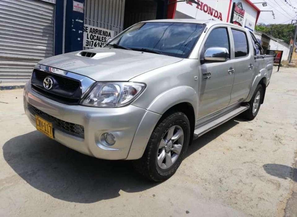 Toyota Hilux 2009 - 280000 km