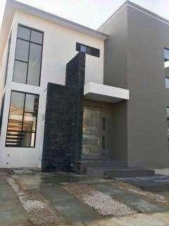 Venta de Casa en Urb. Ciudad Celeste, cerca del C.C Plaza Lagos, Samborondon Ciudad Celeste
