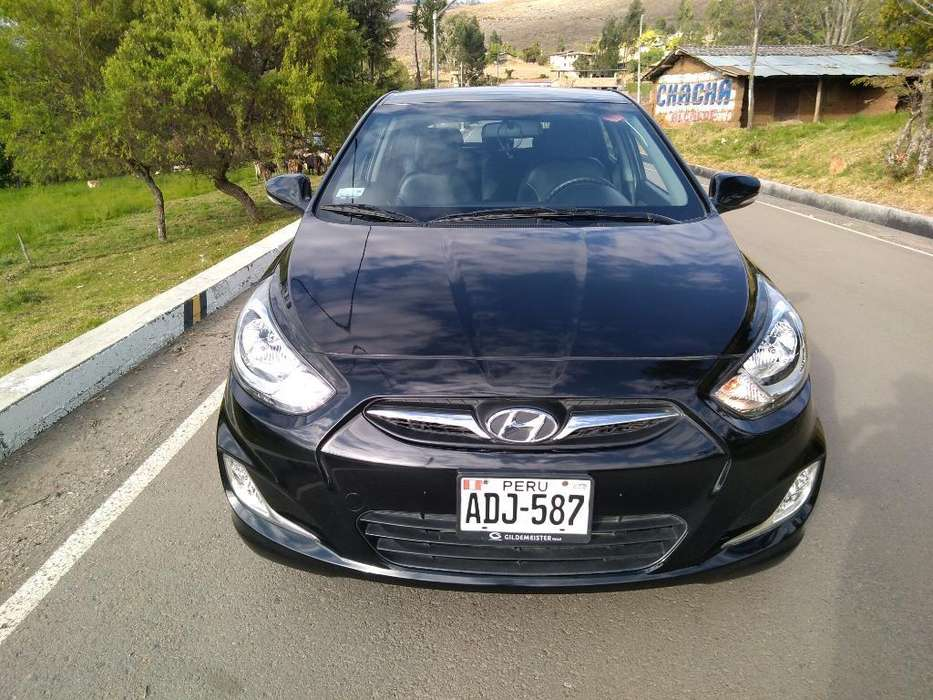 Hyundai Accent Hatchback 2014 - 19500 km